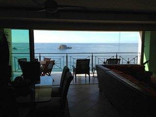 Ixtapa Bay View Grand Luxury 10th flr Condo, SPECTACULAR Views, Beach, Amenities