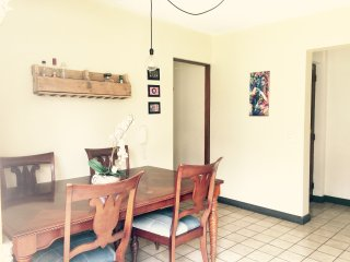 Private 2 bdr apartment with lovely garden