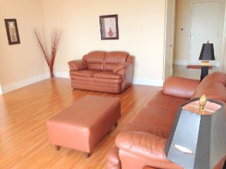Short Terms Rental 2 Bedroom Condo in Mississauga