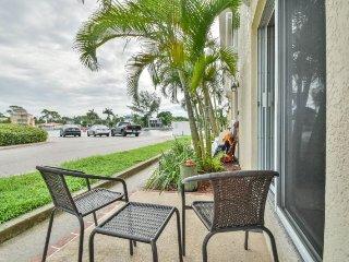 Gulf Sol Condo | Tastefully renovated condo across from the beach