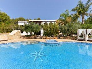6 bedroom Villa in Sant Mateu d'Albarca, Balearic Islands, Spain : ref 5386483