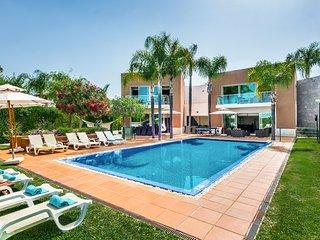 6 bedroom Villa in Vilamoura, Faro, Portugal : ref 5049194