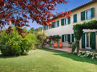 8 bedroom Villa in Berardelli, Latium, Italy : ref 5049101