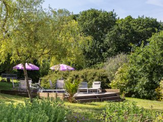 Saint-Meen Chateau Sleeps 15 with Pool and Air Con - 5049757