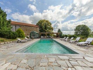 6 bedroom Chateau in Saint-Martial-de-Valette, Nouvelle-Aquitaine, France : ref