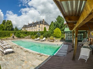 6 bedroom Chateau in Saint-Martial-de-Valette, Nouvelle-Aquitaine, France : ref