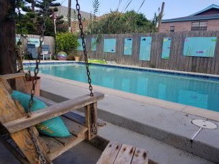 Beach House- Private pool and gardens- 1/2 block to the beach!