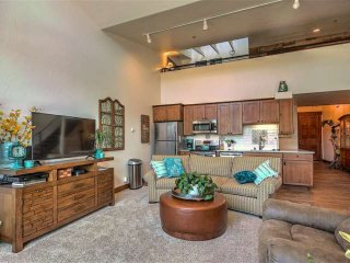 Updated Condo on Main St. in Downtown Frisco, 2nd Bedroom Loft, Steps from
