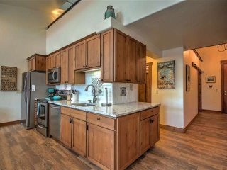 Wrapped countertops mean plenty of space to prepare meals