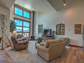 Updated Condo on Main St. in Downtown Frisco, 2nd Bedroom Loft, Steps from Every