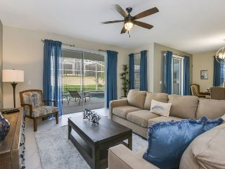 1588TL. 6 Bedroom Retreat at the Fantastic ChampionsGate Golf Resort