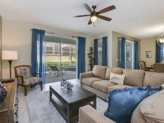 1588TL. 6 Bedroom Retreat at the Fantastic ChampionsGate Golf Resort