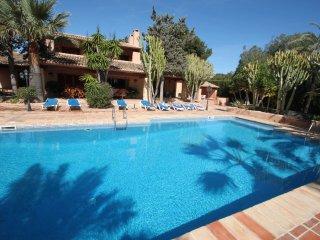 Finca Fustera - charming, Spanish finca style holiday villa in Benissa