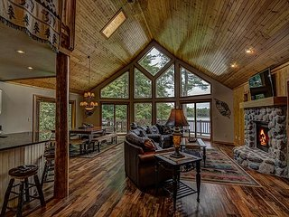 The Grand View On The Lake Private Vacation Rental Home