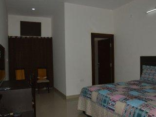 DOUBLE-Bedroom.