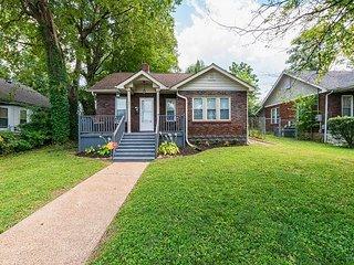 3BR East Nashville Cottage, near historic 5 Points District