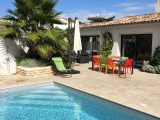 Maison La Couarde: Villa standing piscine 4p située entre mer et village