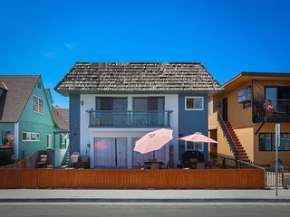 Beach & Bayfront in Belmont Shore – Bay-View BBQ Patio