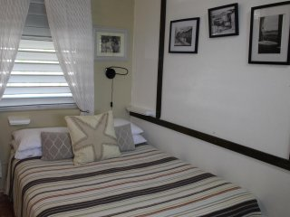 Studio w/ Old World Charm & Modern Amenities, steam shower, jacuzzi, beach, SJU