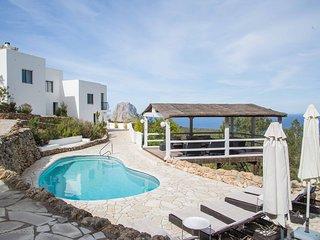 Villa mit einmaligem Blick aufs Meer