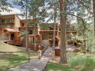 Two-level condo with valley views & deck - near skiing & boating!