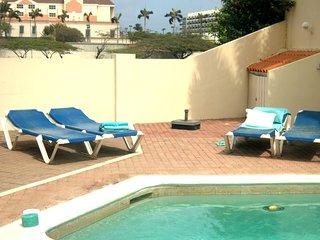 Villa Grande Aruba (Palm Beach)