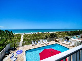 Beachside Hideout Unit K Charming Beachfront 2 Bedroom 2 Bathroom Condo with