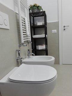 biancheria da bagno  e set cortesia fornita