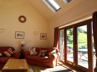 Snowdonia Barn Conversion with fabulous views to sea and mountains