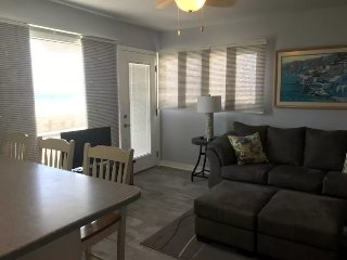 Ocean Front 1 BR/1BA cozy downstairs unit