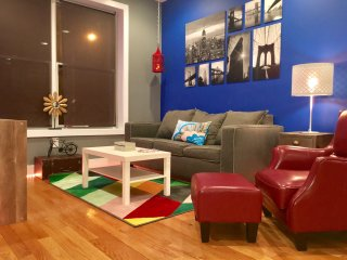 NEW! STUNNING LUXURY 2 BEDROOM - NEAR NYC TRAIN