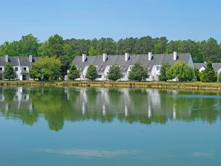 4 BDRM CONDO **HISTORIC POWHATAN RESORT** HISTORIC AREA, NEAR BUSCH GARDENS