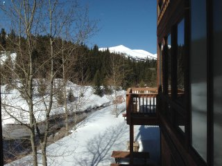 Breckenridge Luxury Home on the Blue River with Peak 8 Views; Sleeps 12 - 14