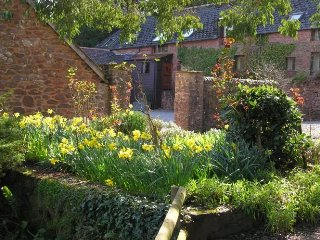 Withycombe Cottage, Near Dunster - Family friendly cottage for up to 6 with onsi