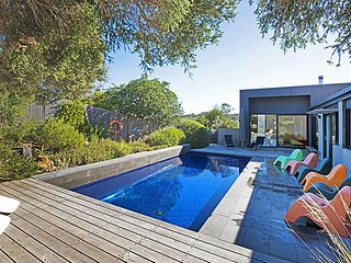 North Shore -  Heated swimming pool!