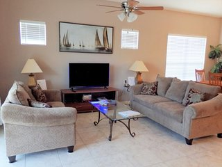 4 Bedroom 3 Bath Pool Home in Gated Community Near Disney. 660THB