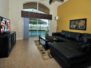 2507DC. Veranda Palms Resort 4 Bedrooms 3 Bath Villa with Pool & Spa