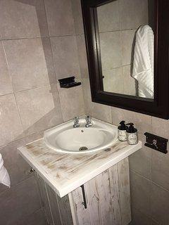 Basin in main bedroom