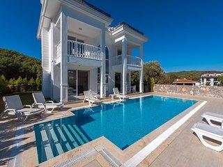 4 Bedroom all en-suite villa, Silver C, Hisaronu