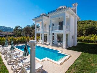 Silver B 4 bedroom luxury villa, Hisaronu, Fethiye