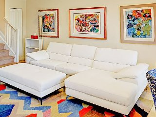 Stylish 3BR w/Marble Floors & Courtyard–Near Waterway & Beach, Walk to