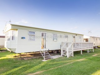 28079 Constable Way area, 2 Bed, 6 Berth