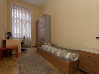 Next Hostel Single Room