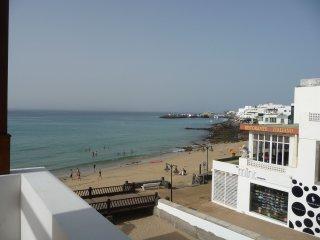 Ocean Views. Apartamento en segunda Linea con vista al mar