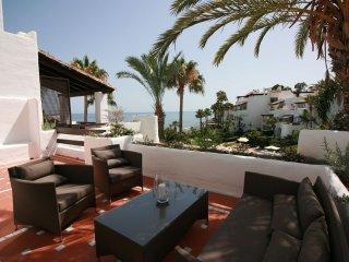 Deluxe Duplex Penthouse nº 904, en Puerto Banús, Marbella, España