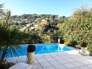 MOUGINS BELLEVUE- AP4084