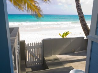 Goodwyn Beach Cottage - Beachfront South Coast Vacation VIlla Rental