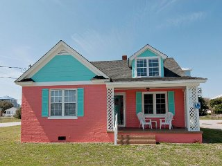 One of a kind ocean view cottage ideal for your family getaway