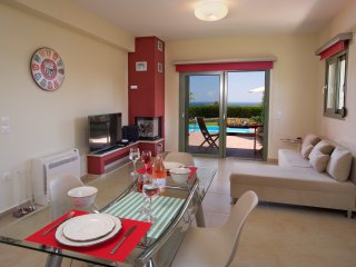 Mousata Villa Sleeps 2 with Pool Air Con and WiFi - 5238135