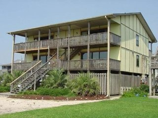 Affordable oceanfront duplex with panoramic views